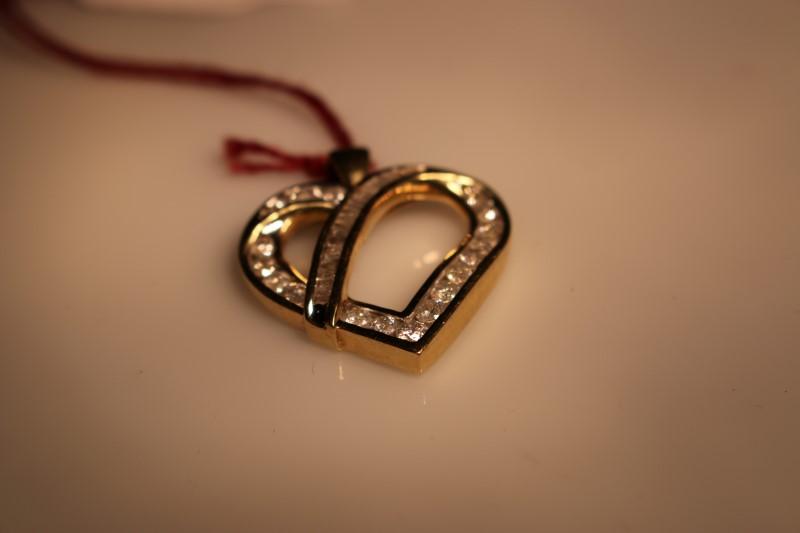 Gold-Multi-Diamond Pendant 42 Diamonds .98 Carat T.W. 10K Yellow Gold 3.89g
