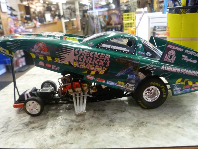 NASCAR COLLECTIBLE TOY CAR