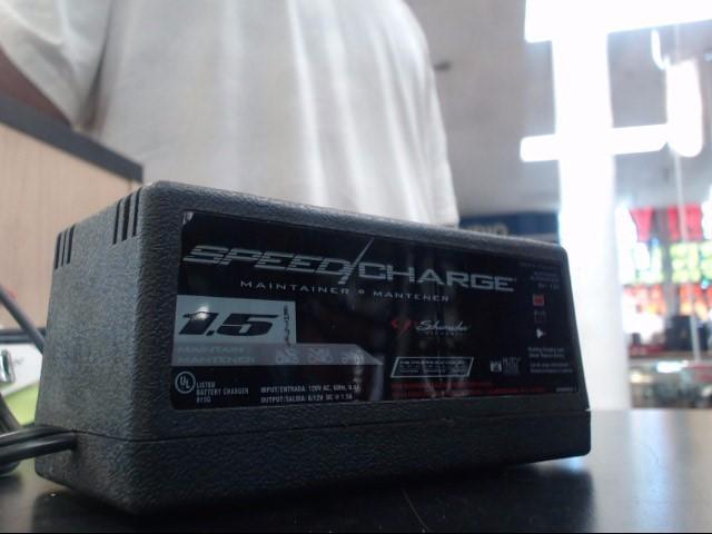 SCHUMACHER Battery/Charger SEM-1562A SPEED CHARGER