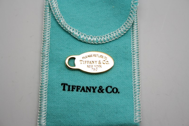 TIFFANY & CO 18K YELLOW GOLD PENDANT