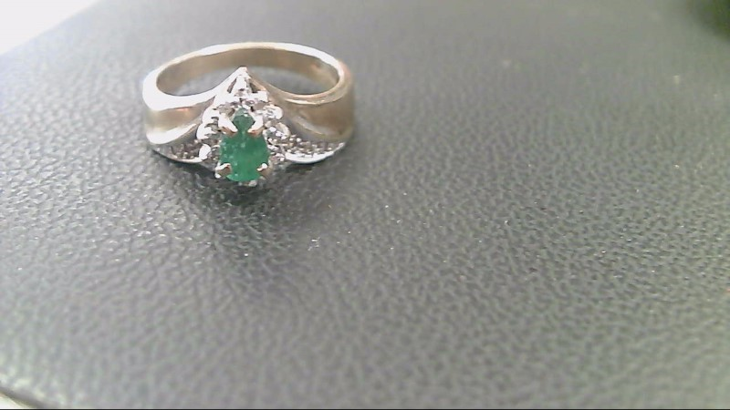 Emerald Lady's Stone Ring 10K Yellow Gold 3.4g