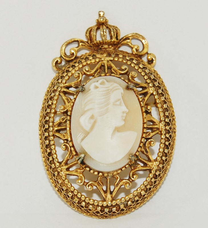 Vintage Signed Florenza Gold-Toned Ornate Filigree Cameo Brooch Pin