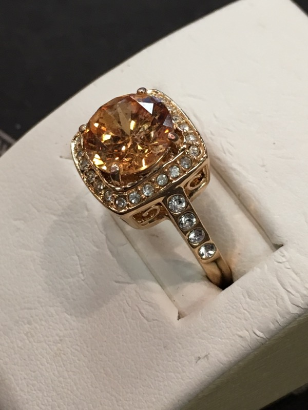 Lady's Topaz Stone Gold  Rose Gold Ring Electroplated 2.9dwt