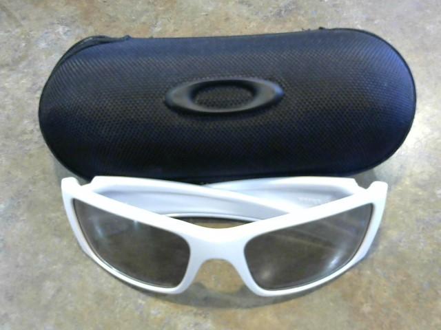 OAKLEY Sunglasses FUEL CELL