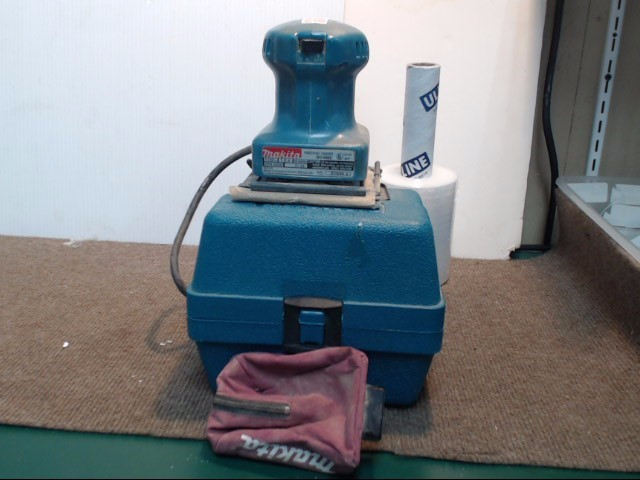 MAKITA Vibration Sander MB04552