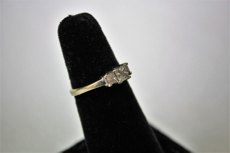 Lady's Diamond Engagement Ring 3 Diamonds .86 Carat T.W. 14K White Gold 3.1g