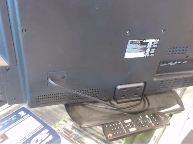SHARP Flat Panel Television LC-32LE450U
