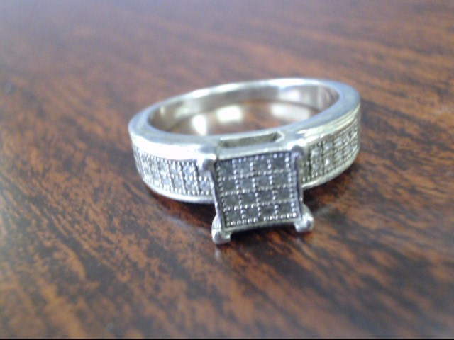 Lady's Silver Ring 925 Silver 3.8g Size:7.8