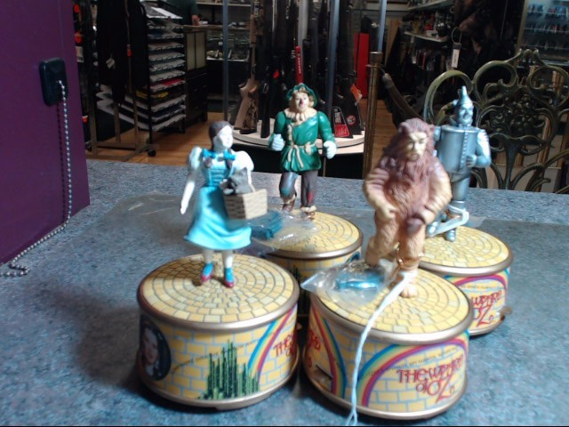 WIZARD OF OZ COLLECTIBLE