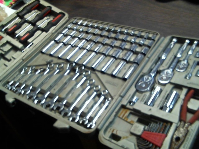 CRESCENT Misc Automotive Tool MECHANICS TOOL SET