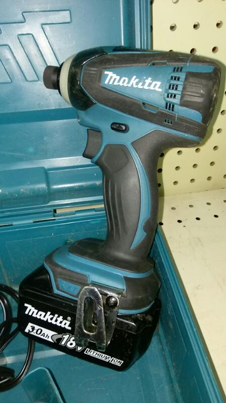 MAKITA IMPACT WRENCH & DRIVER XT/Driver MODEL XTD04