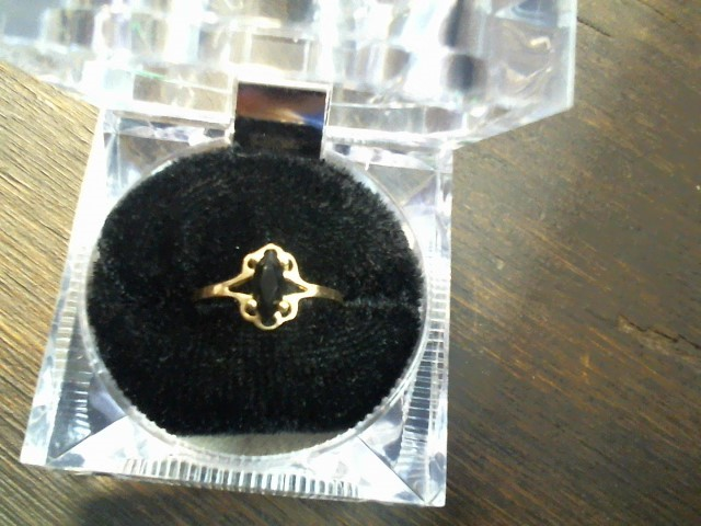 Black Stone Lady's Ring 10K Yellow Gold 1.1g Size:7