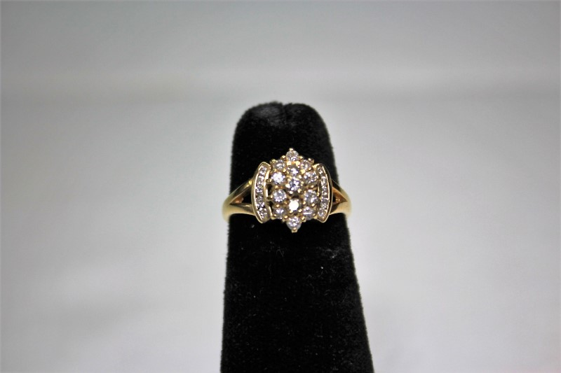 Lady's Diamond Cluster Ring 23 Diamonds .72 Carat T.W. 14K Yellow Gold 3.8g