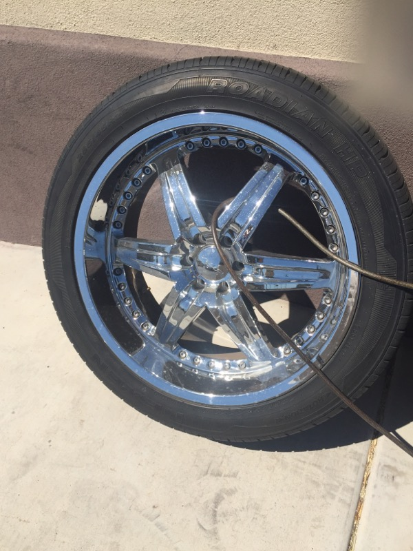 "DRIV Wheel MOONSHINE 22"" RIMS"