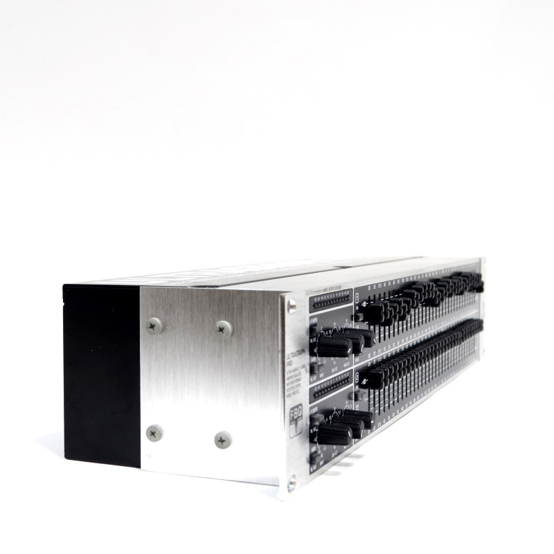 Behringer Ultragraph Pro FBQ3102 Ultra Musical 31-Band Equalizer >