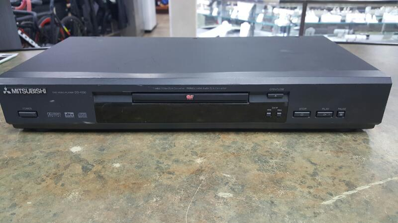 MITSUBISHI DVD Player DD-4030