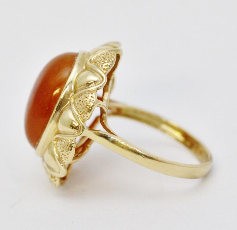 14K Yellow Gold Large Cathedral Set Orange Jade Cocktail Ring Size 7
