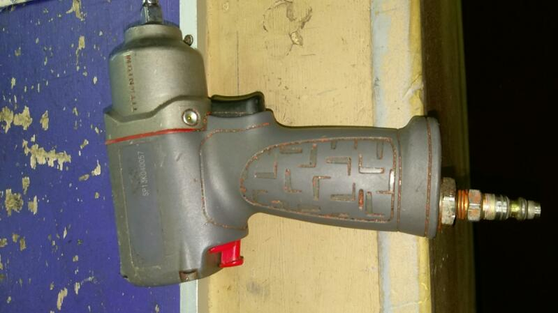 INGERSOLL RAND Air Impact Wrench TITANIUM