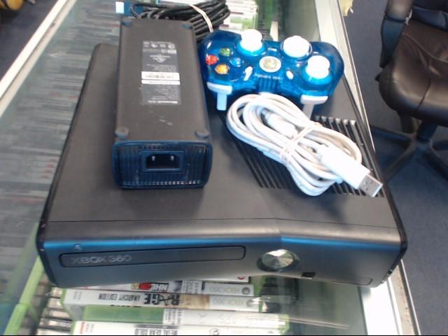 MICROSOFT XBox XBOX 360S - 4GB - 1439 - CONSOLE