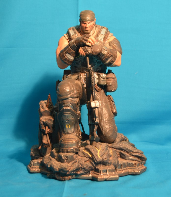 "Gears of War 3 Marcus Fenix 11"" Figure/Statue"