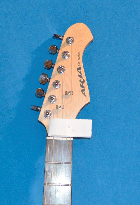 ARIA ELECTRIC GUITAR STG-SERIES STRAT-COPY