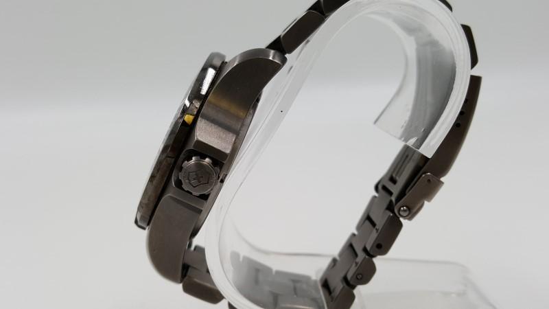 Men's Victorinox Stainless Steel Watch Quartz Black 241264