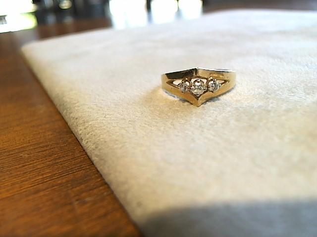 Lady's Diamond Cluster Ring 3 Diamonds .15 Carat T.W. 14K Yellow Gold 2.5g