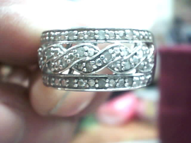 Lady's Silver-Diamond Ring 20 Diamonds .20 Carat T.W. 925 Silver 3.2dwt