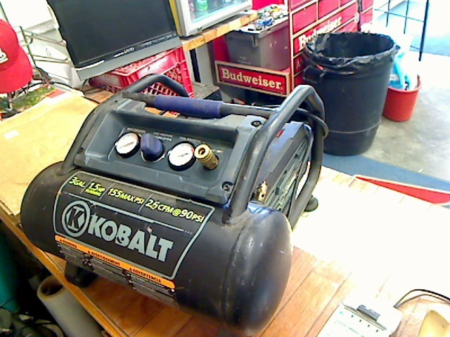 KOBALT TOOLS Air Compressor 0200382