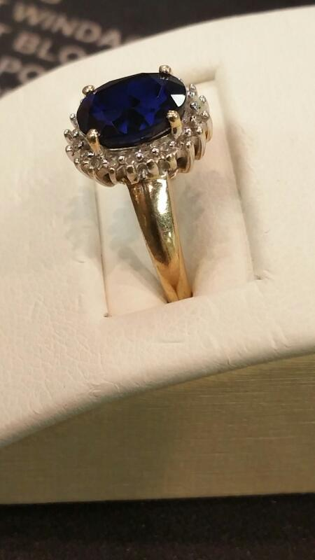 Lady's Gold Ring 10K Yellow Gold 2.1dwt Size:6.5