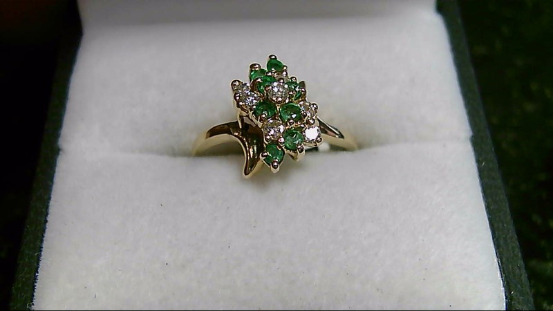 14K Yellow Gold Genuine Emerald & Diamond Cluster Ring Sz 6