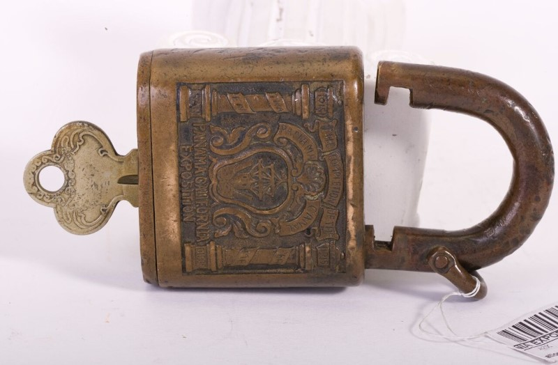 ANTIQUE PADLOCK PANAMA CALIFORNIA EXPOSITION 1915