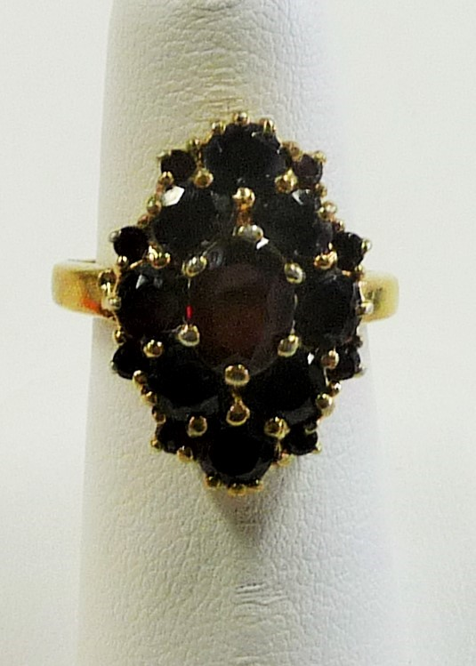 Synthetic Almandite Garnet Lady's Silver & Stone Ring 925 Silver 4.73dwt