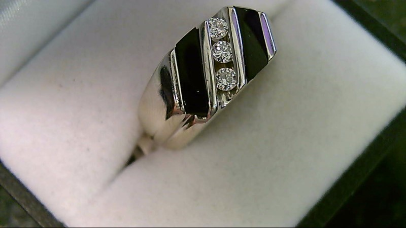 ESTATE WG ONYX WITH 1/5CTTW (3 RD DIA) GENTS RING