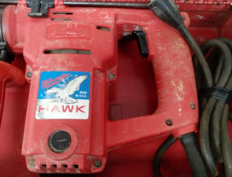 """MILWAUKEE HAWK 1"""" HEAVY DUTY CORDED ROTARY HAMMER DRILL 5362-1"""