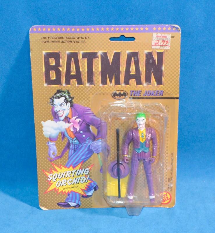 TOY BIZ BATMAN Toys THE JOKER SHOOTS WATER