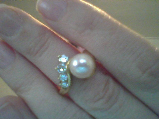 Synthetic Pearl Lady's Stone & Diamond Ring 4 Diamonds .45 Carat T.W.