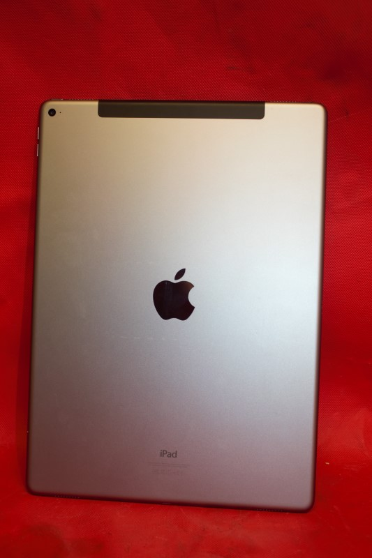 APPLE IPAD PRO 128GB, WI-FI + CELLULAR, 12.9IN-GOLD **W/case**