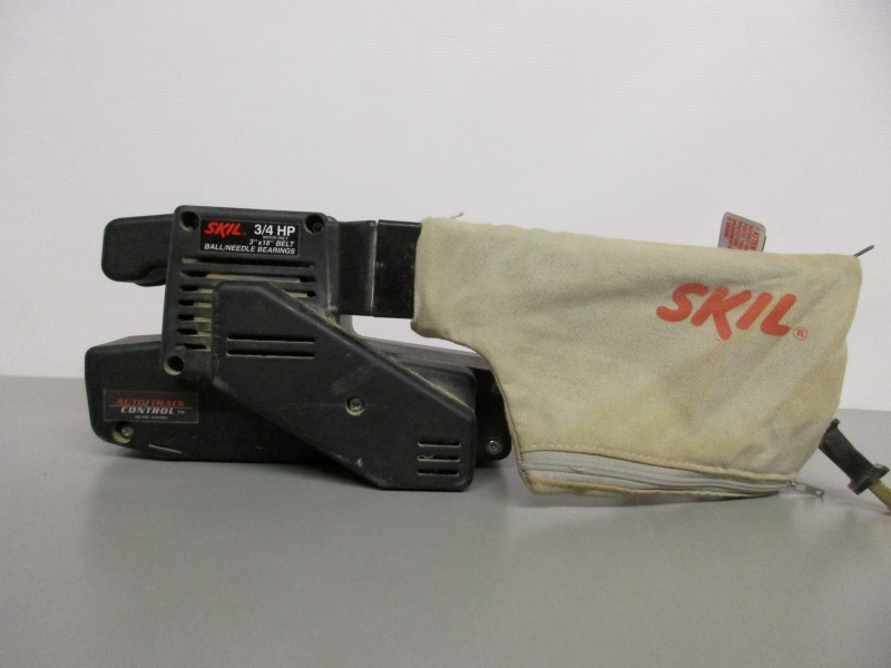 SKIL 7313 3/4 HP AUTOTRACK BELT SANDER