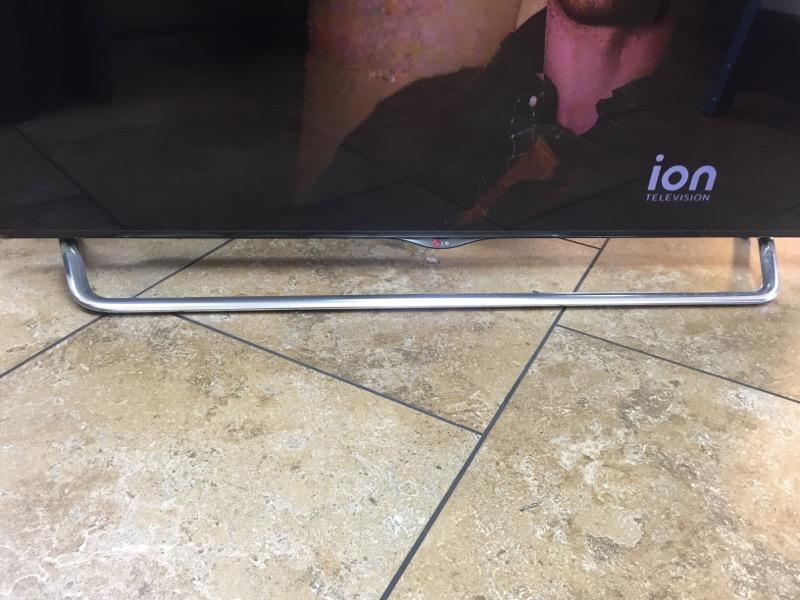 LG Flat Panel Television 55UB8500