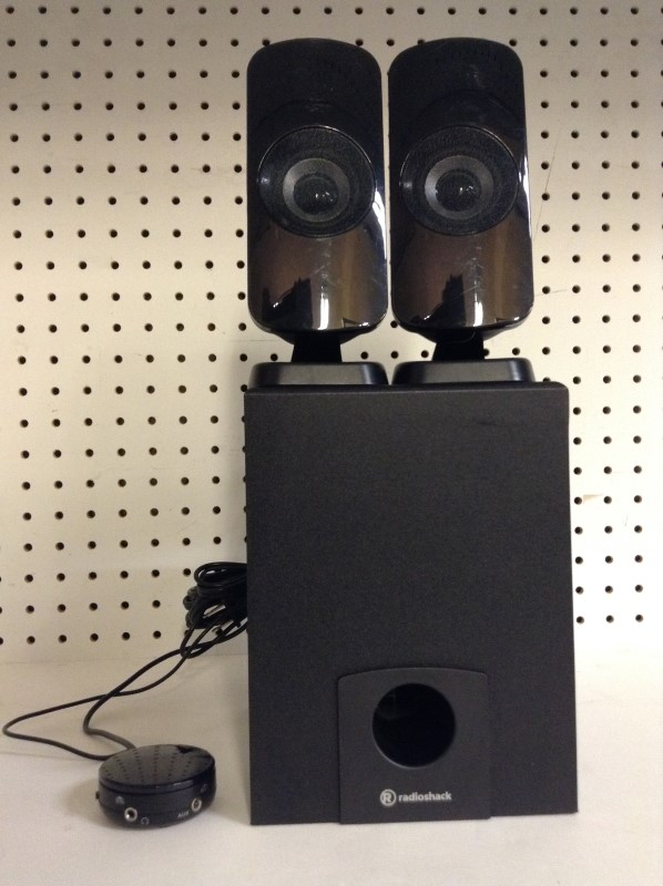 RADIO SHACK Computer Speakers 4000466