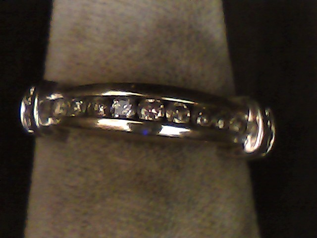 Lady's Diamond Wedding Band 12 Diamonds .16 Carat T.W. 10K 2 Tone Gold 1.4dwt