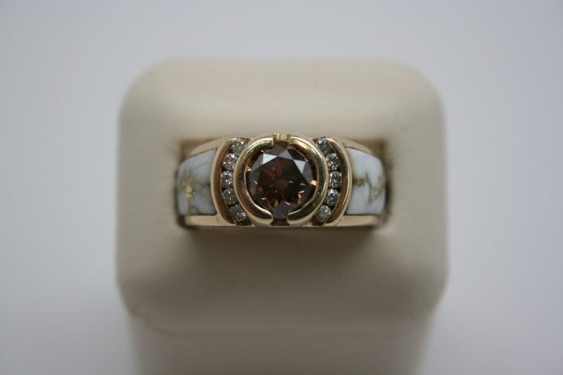 GENT'S DIAMOND & BEARING QUARTZ STONE 14K YELLOW GOLD