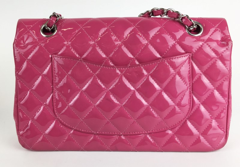 CHANEL PATENT LEATHER FUCHSIA HANDBAG