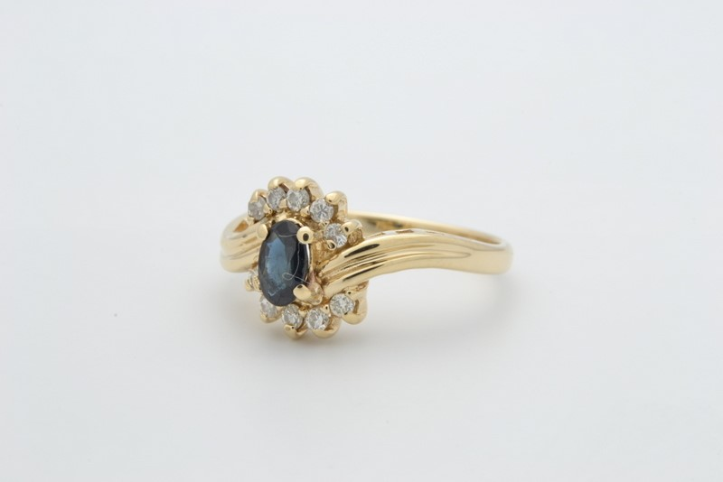 ESTATE DIAMOND SAPPHIRE BLUE RING SOLID 14K GOLD OVAL CUT SIZE 4.5
