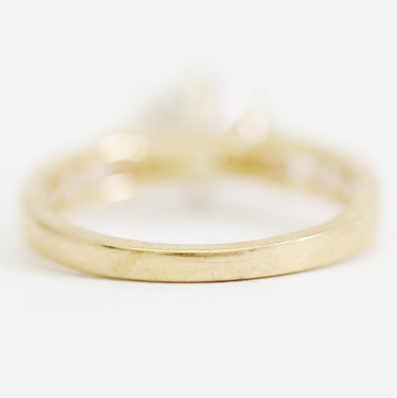 Women's 14KT Yellow Gold Peg Head Round & Channel Set CZ Ring Size 7.25