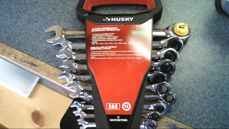 HUSKY TOOLS RATCHETING 10 PIECE SET MODEL 1000 029 839 - SAE 12