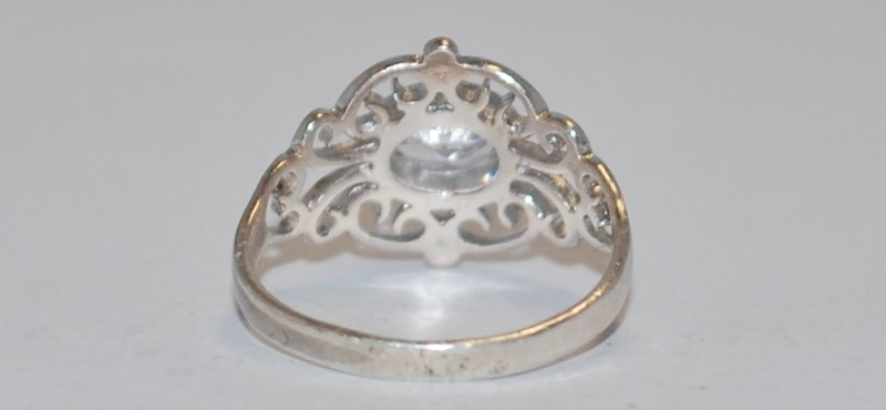 Women's Vintage Inspired Split Shank Sterling Silver Ring Size 6.5