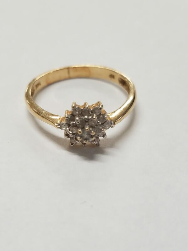 Lady's Diamond Cluster Ring 19 Diamonds .19 Carat T.W. 14K Yellow Gold 1.87g