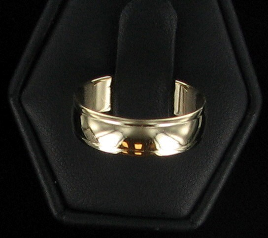 Lady's Gold Wedding Band 10K Yellow Gold 2.1dwt